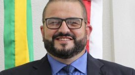 Edi Goulart Nunes em foto oficial como vereador. Foto: Divulgação/Câmara de Vereadores