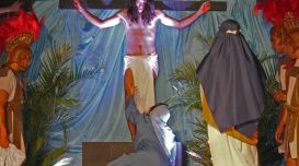 Encenação teatral da Paixão de Cristo – Foto: Elvis Palma/Agora Laguna