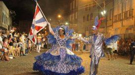 escola-de-samba-brinca-quem-pode-pre-carnaval