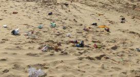 lixo-praia-1