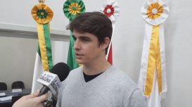 Peterson Crippa em entrevista ao Portal. Foto: André Luiz/Agora Laguna