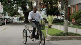 ze-das-bandeirinhas-bike-furtada